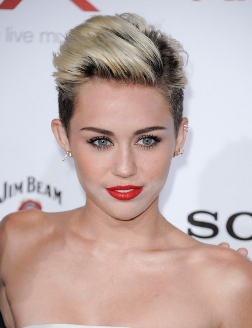 miley-cyrus_ampliacion